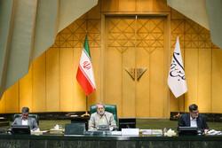 انطلاق أعمال البرلمان برئاسة علي لاريجاني وحضور معظم النواب