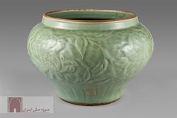 A celadon bowl dating back to Safavid era (1501–1736)