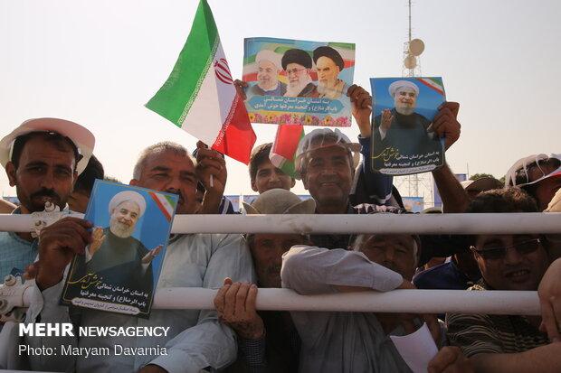 Cumhurbaşkanı Ruhani Kuzey Horasan eyaletine gitti