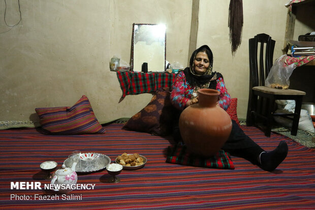 منازل على ضفاف الغابات الهيركانية شمالي ايران تتحول الى سكن للسياح