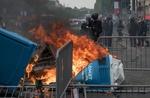 فرانس کے قومی دن کے موقع پر پولیس اور مظاہرین ميں شدید جھڑپیں