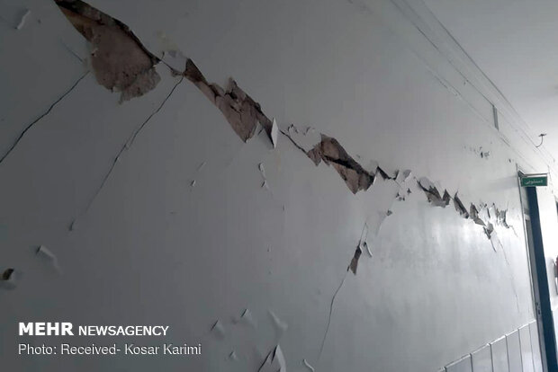 برخی از دیوارها در جهرم ترک خورد/ آمادگی دستگاه های امدادی