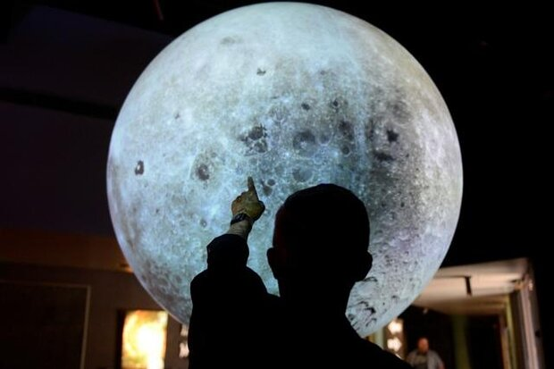 ناسا روی ماه تلسکوپ نصب می کند