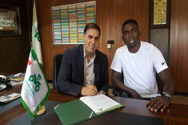 مدافع نیجریهای به تیم فوتبال ذوب آهن پیوست
