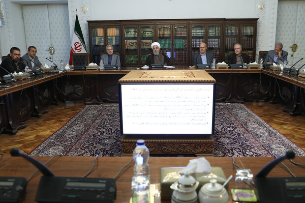 Top Iranian environmental council discusses state of air pollution in different regions