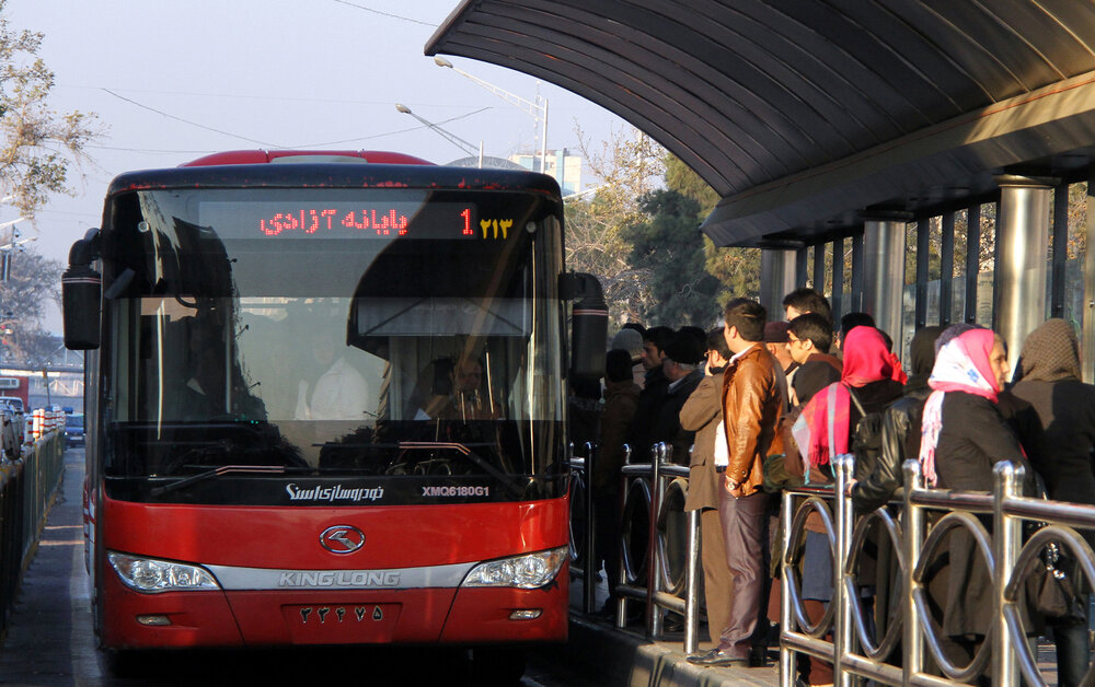 Tehran bus fleet equipped with 500 CNG tanks - Tehran Times