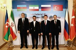 Communications mins. of 4 countries attend meeting in Tehran