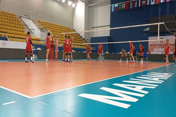 برگزاری آخرین تمرین تیم والیبال جوانان پیش از بازی با تونس