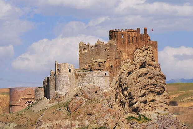 A view of the ruined Alamout castle in Qazvin province
