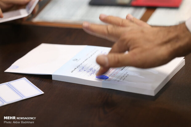 حضور نامزدهای انتخاباتی خوزستان از عمق سیلاب تا کانون زلزله
