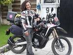 ترک خاتون سیاح موٹر سائیکل کے ذریعہ پاکستان پہنچ گئیں