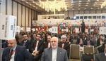 ظريف: إيران رائدة في جبهة المقاومة أمام جشع الولايات المتحدة الامريكية