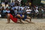 İran'daki geleneksel güreş turnavasından kareler