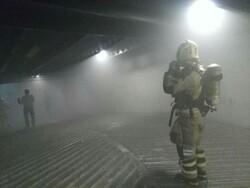 حریق در زیرزمین ساختمانی در لالهزار/ انبار لوازم الکتریکی در آتش سوخت