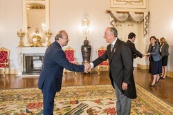 Iran's amb. to Lisbon presents his credentials to pres. Sousa