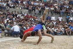 """مسابقات المصارعة  المحلية  في محافظة """"مازندران"""" /صور"""