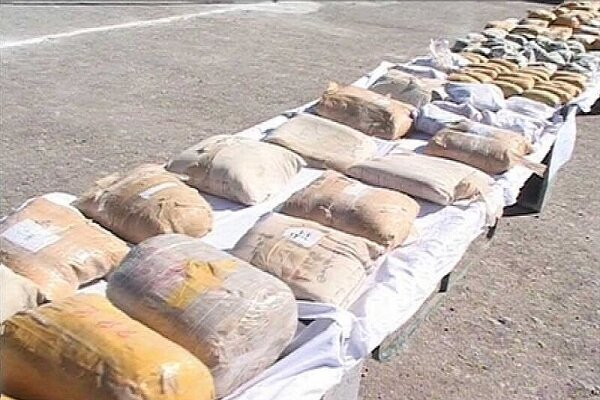 Iran's police confiscate 2 consignments of narcotics in customs