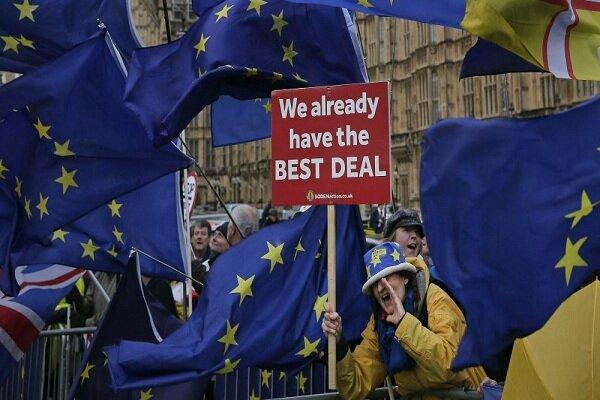 اعتراضات برگزیت به تظاهرات خیابانی در لندن کشیده شد