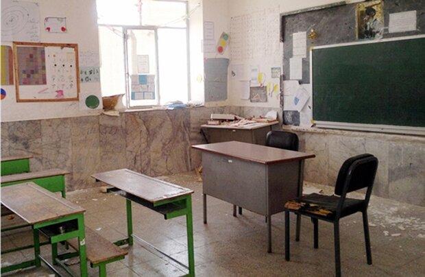 تحصیل دانشآموزان بوشهری در ۷۷۴ کلاس تخریبی/ امکانات بهبود یابد