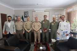 رئیس سازمان تربیت بدنی ارتش با امیر خانزادی دیدار کرد