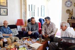 ارزیابی مقالات سمینار جشنواره آیینی و سنتی در دیدار با جلال ستاری