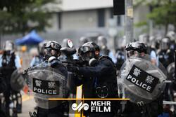 """استمرار النزاع بين المحتجين وشرطة """"هونغ كونغ"""""""