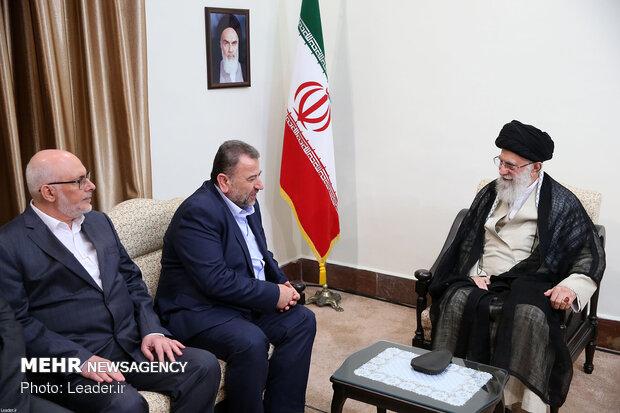 رہبر معظم انقلاب اسلامی سے حماس کے سیاسی شعبہ کے نائب سربراہ کی ملاقات