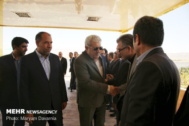 VP visits knowledge-based companies, inaugurates project in N. Khorasan