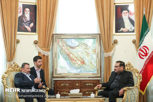 Hamas official visits Shamkhani in Tehran