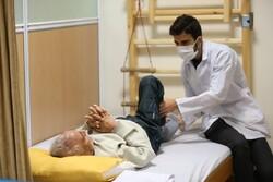 فیزیوتراپی به تقویت عضلات تنفسی بیمار کرونایی کمک می کند