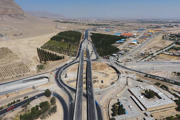 تقاطع چهار سطحی اصفهان آبان ماه سال آینده به بهره برداری می رسد