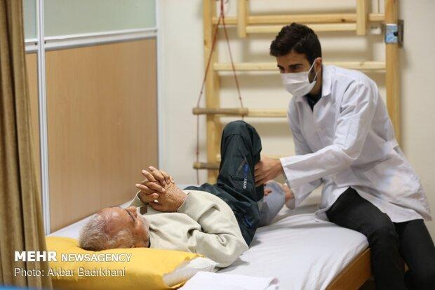 نقش فیزیوتراپیست ها در بهبود بیماران کرونایی/انتقاد از تعرفهها