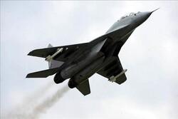 Azerbaycan'a ait Rus yapımı MİG-29 tipi savaş uçağı düştü