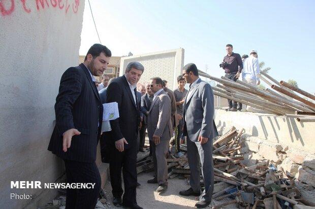 حسینی از پروژههای آموزشی مناطق سیل زده اهواز دیدن کرد