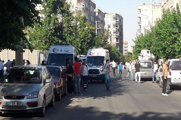 حمله به مرکز پلیس دیاربکر ترکیه/ ۴ نفر زخمی شدند