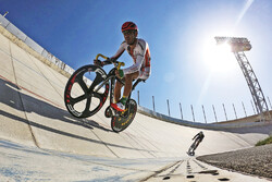Azad University win Iran's cycling league