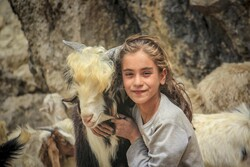 İşte İran'daki yörük çocukların yaz tatili!