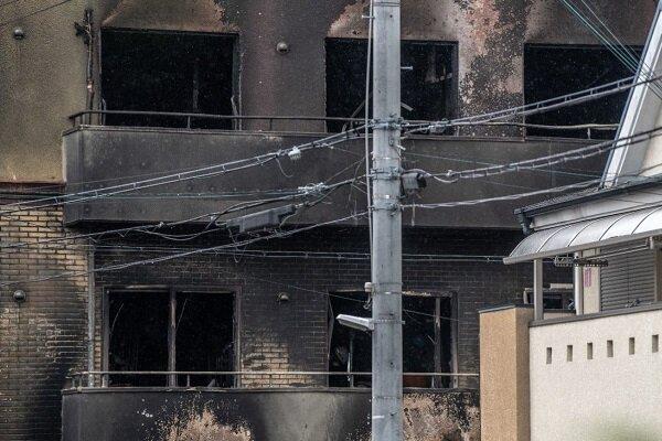 آتش سوزی در برج پرند / نجات ۳۰ نفر از میان دود و آتش