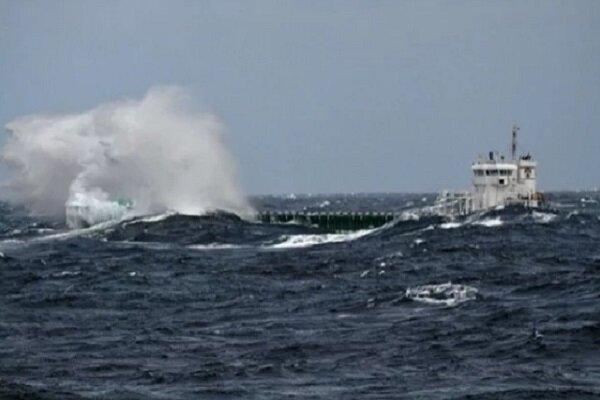 Azerbaycan: İran kargo gemisinin mürettebatını kurtardık