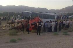 تصادف اتوبوس و کامیون در شاهرود ۱۱ مصدوم برجای گذاشت