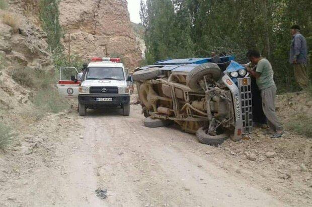 امدادرسانی به ۳ مورد واژگونی خودرو/ ۱۱ نفر مصدوم شدند
