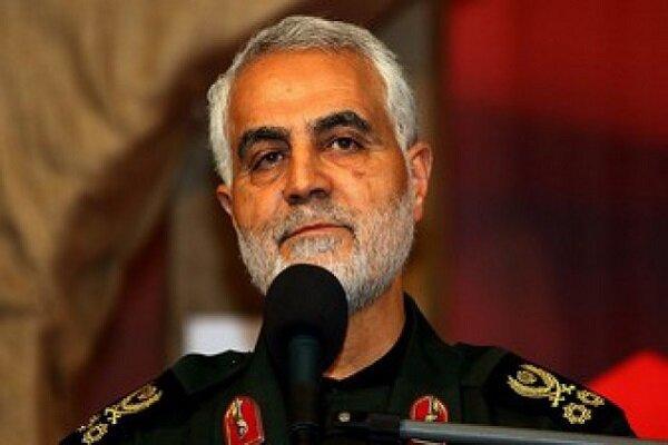 اللواء سليماني: قائد الثورة عبر بالبلاد من العواصف العاتية