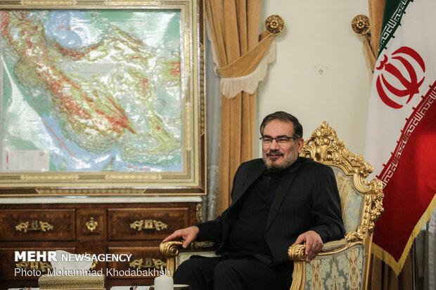 Shamkhani, Omani FM held talks