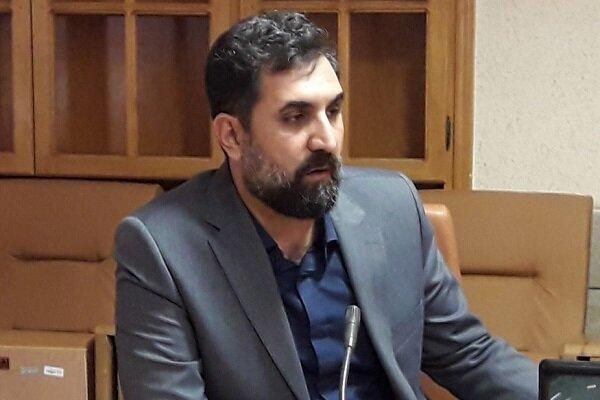 مدیر پردیس تئاتر تهران به «ماه دستان» میرود