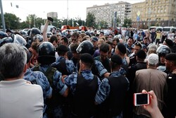 Moskova'daki protestolarda onlarca çocuk gözaltına alındı