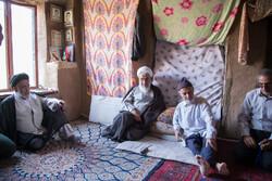 امام جمعه قزوین  با خانواده شهیدان کیایی دیدار کرد