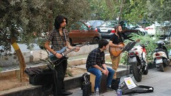 گروههای موسیقی خیابانی باید مجوز داشته باشند