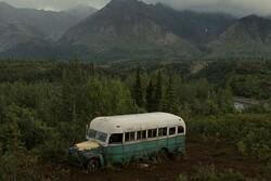 اتوبوس فیلم شان پن یک زن را به کشتن داد