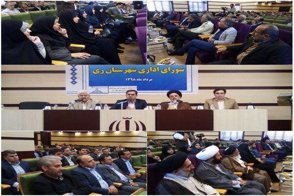 تریبون نماز جمعه وابستگی جریانی به هیچ حزب و گروهی ندارد