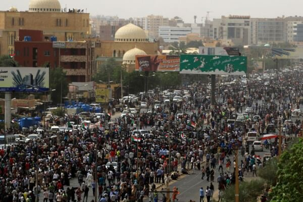 برگزاری راهپیمایی گسترده در خارطوم و دیگر شهرهای سودان